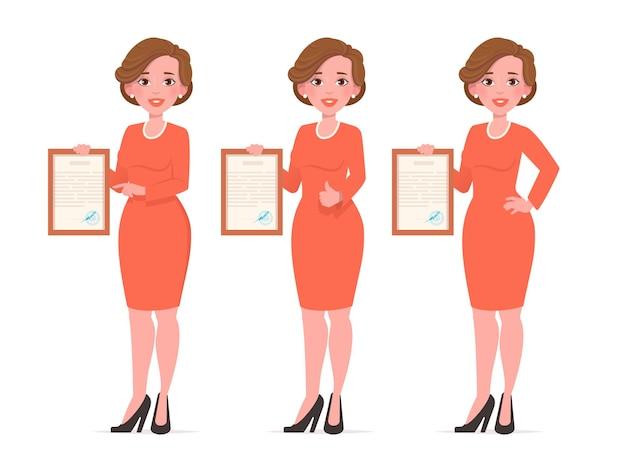 인증서 또는 졸업장 그림을 들고 아름 다운 여자