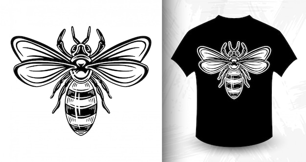 Bee.  t-shirt print in vintage monochrome style.