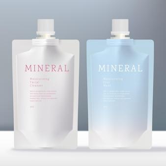 白いスクリューキャップ付きの飲料液または美容不透明パケット