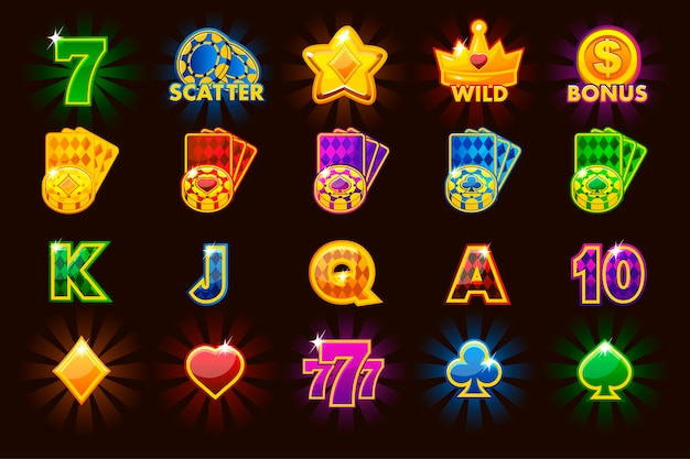 さまざまな色のスロットマシンや宝くじやカジノのカードシンボルの大きなセットのゲームアイコン。ゲームカジノ、スロット、ui