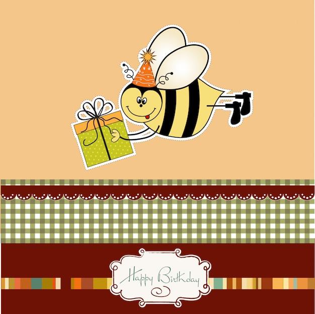 蜂と誕生日カード