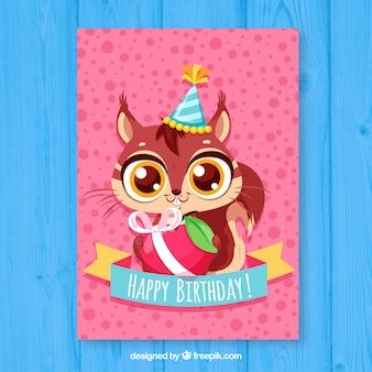 Scheda di compleanno con stile disegnato carino scoiattolo in mano