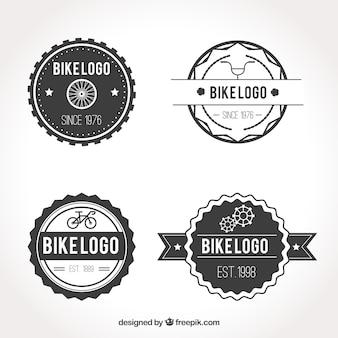 黒と白のバイクのロゴ