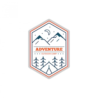 흑백 라인 캠프 배지. 등산 및 숲 캠프 상징.
