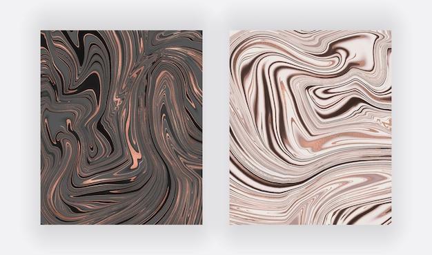 Черно-белый с фольгой жидкими чернилами, рисующими абстрактные фоны.