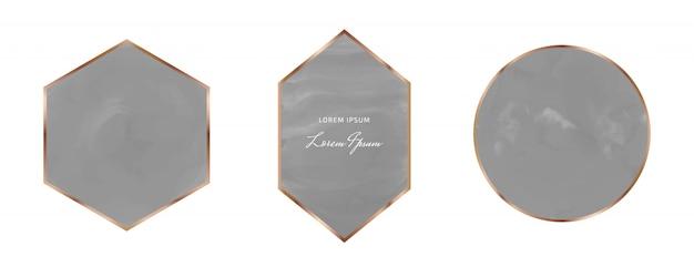 幾何学的な多角形のゴールデンラインフレームと黒のブラシストロークの水彩画。