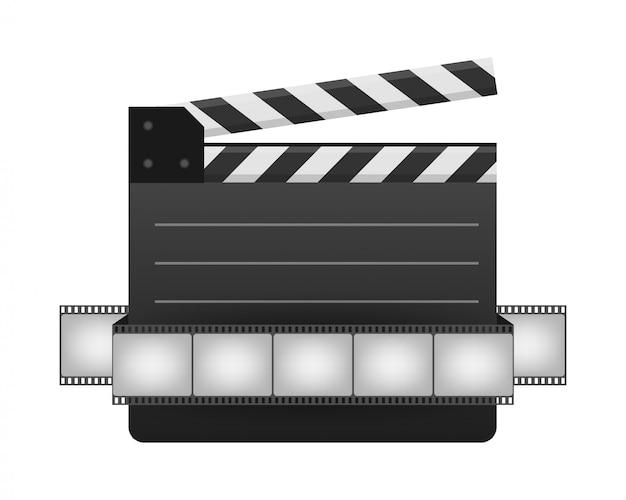 黒い閉じたカチンコとフィルムストリップ。ブラックシネマスレートボード、映画制作やビデオ制作で使用されるデバイス。現実的なストックイラスト。