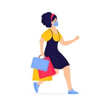 Черная пятница продажа баннер. девушка в защитной маске с покупками бежит по магазинам