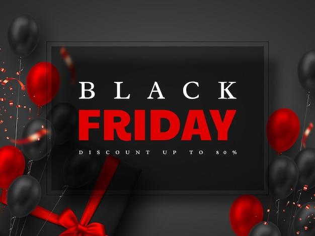 Черная пятница продажа баннер. красные и черные реалистичные глянцевые шары, подарочная коробка и блестящее конфетти. черный фон. векторная иллюстрация.