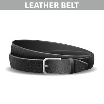 Черный реалистичный кожаный ремень с металлической пряжкой
