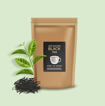 Реалистичный вектор черный чай в пакетиках. макет продакт-плейсмента. подробные 3d иллюстрации. чайные листья и настои