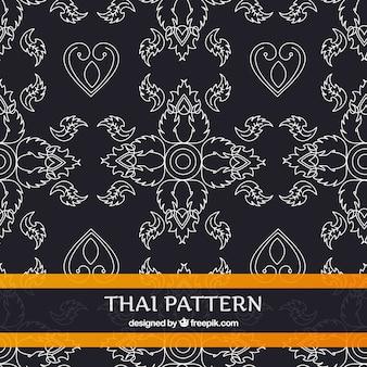 Modello tailandese in bianco e nero con stile elegante