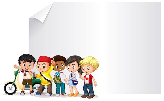 Design banner vuoto con bambini felici
