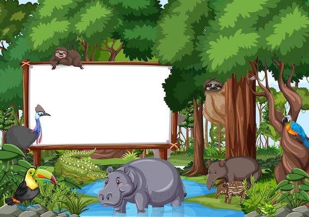 야생 동물이 있는 열대우림 장면의 빈 배너