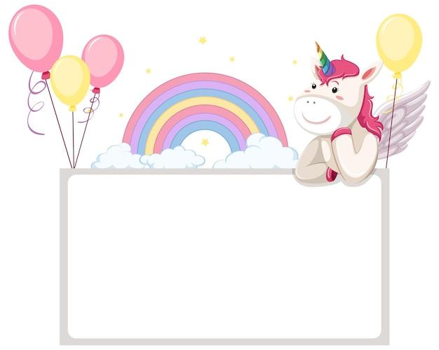 Banner vuoto con simpatici unicorni isolati su bianco
