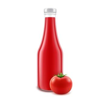 ラベルなしのブランディングのための空白のガラスの赤いトマトケチャップボトル