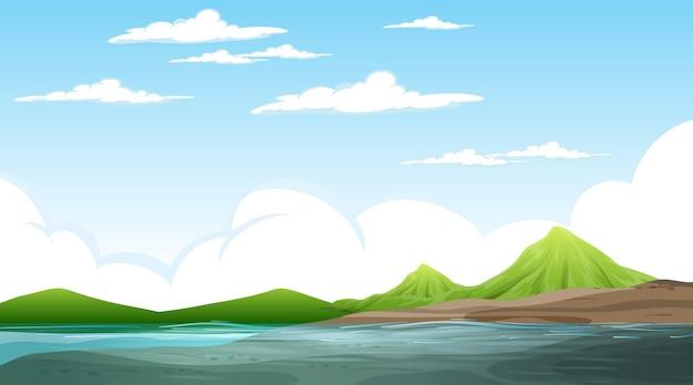 산 낮 장면에서 빈 자연 풍경