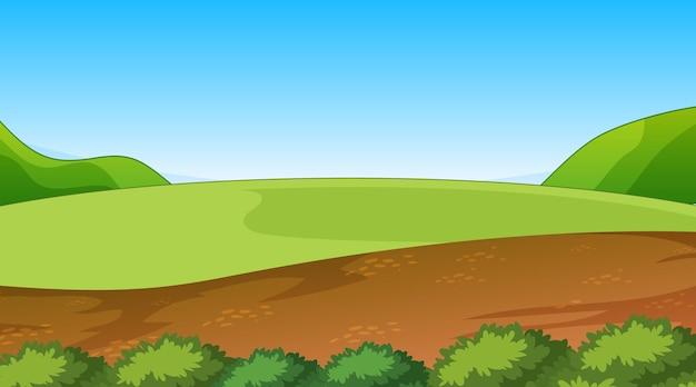 Пустой пейзаж природного парка в дневное время с тропой через луг