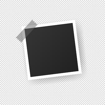 フォトフレームの空白。粘着テープ付き。透明な孤立した背景上のベクトル。 eps10。