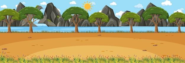 多くの木がある空白のパノラマ風景シーン