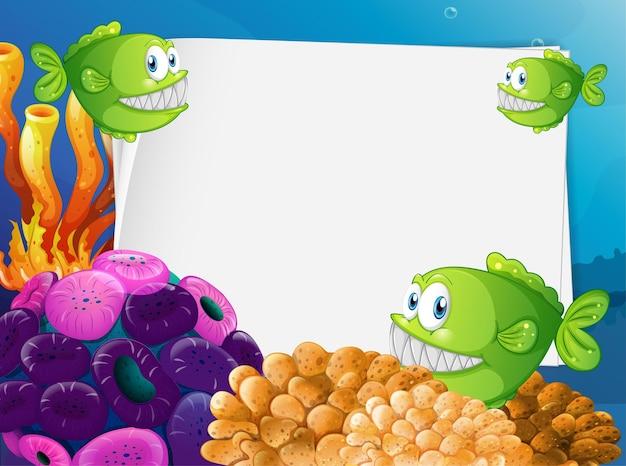 水中の背景にエキゾチックな魚と海底の自然の要素と白紙のバナー