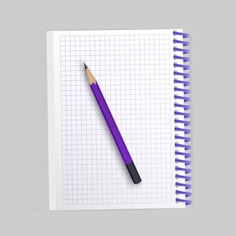 Пустой реалистичный спиральный блокнот и реалистичный карандаш изолированы