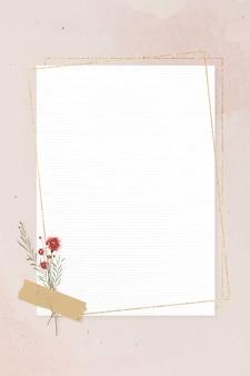 Пустая прямоугольная золотая рамка на розовом фоне шаблона вектора