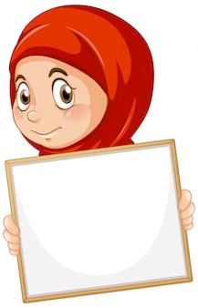 白い背景の上の女の子と空白記号テンプレート