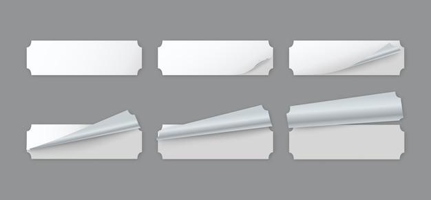 Пустые белые бумажные наклейки этикеток с загнутым уголком