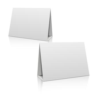 빈 백서 스탠드 테이블 홀더 카드. 3d 템플릿