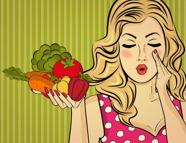 Блондинка сексуальная леди с овощами в руках