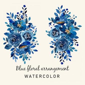 수채화와 푸른 꽃의 배열