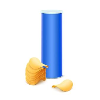 Синяя жестяная коробка со стопкой картофельных чипсов