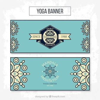 Синие баннеры йоги в линейном стиле