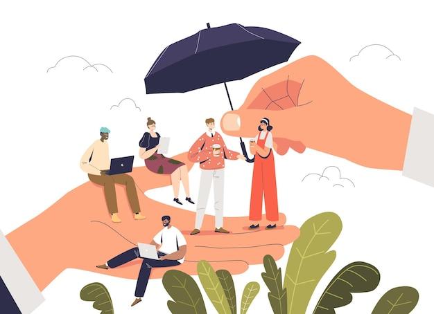 Босс рука держит крошечных мультипликационных офисных работников с концепцией заботы о сотрудниках