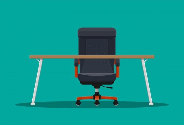 보스 또는 ceo 의자 및 데스크탑.