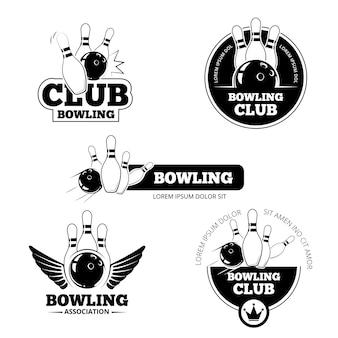볼링 벡터 레이블, 엠블럼 및 배지 세트. 클럽 게임 플레이, 스키 틀 및 스트라이크 일러스트레이션