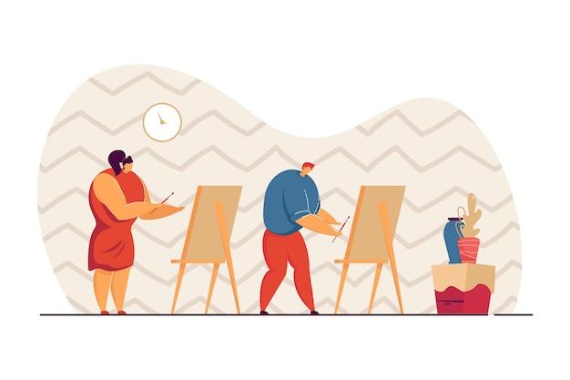 미술 시간에 소년과 소녀가 꽃병을 그립니다. 브러시 플랫 벡터 삽화가 있는 이젤에 캔버스에 그림을 그리는 남성과 여성 캐릭터. 배너, 웹 사이트 디자인 또는 방문 페이지에 대한 예술, 교육 개념