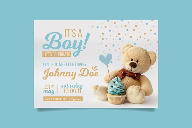Boy baby shower invitation with bear