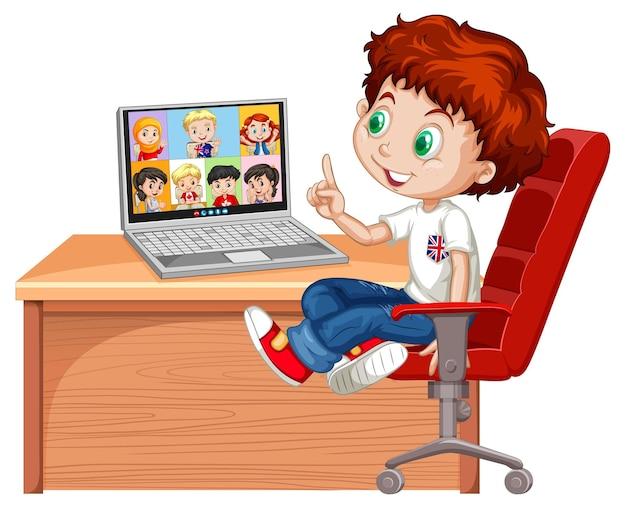 Un ragazzo comunica la videoconferenza con gli amici su bianco