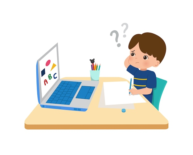 혼란스럽고 생각하는 소년. 그의 숙제를 하 고 귀여운 꼬마입니다. 대유행 시대 코로나 바이러스 동안 온라인 수업을 공부하십시오.