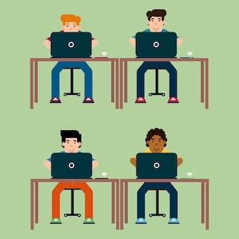 Мальчики в классе с ноутбуком