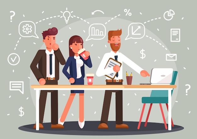 창의적인 팀 아이디어 토론 사람들을 브레인 스토밍합니다. 테이블 노트북 수석 아트 디렉터와 프로그래머 주변의 팀워크 직원.