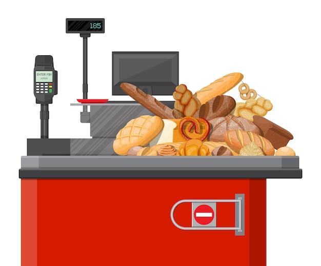 チェックアウトカウンターのパン製品。スーパーマーケットのインテリア。全粒小麦とライ麦パン、トースト