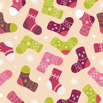 Яркие новогодние носки чулки зимняя одежда со скандинавскими узорами снежинки в мультяшном стиле