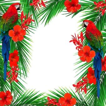 Яркая рамка с красными тропическими цветами и пальмовыми листьями