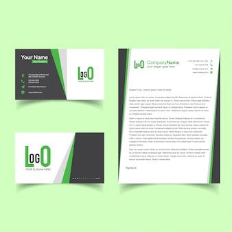 Брошюра и набор визитных карточек с зеленым вектором темы