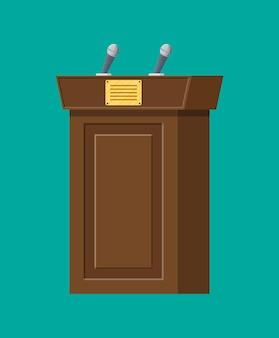 Коричневая деревянная трибуна с микрофонами для презентации. стенд, подиум для конференций, лекций или дебатов. векторная иллюстрация в плоском стиле