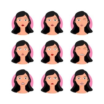 ブルネットの女性セットベクトルイラスト。漫画のスタイル、肖像画、さまざまな表情、感情を持つ顔の黒髪の若い女性。簡単に変更できます。キャラクターコレクションデザイン。