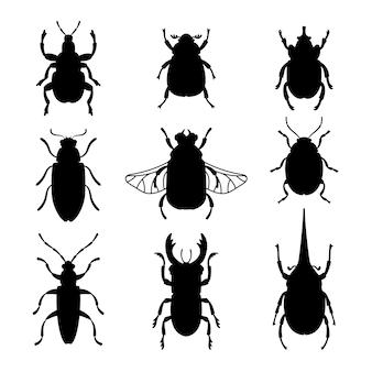 Набор силуэтов ошибок. черные трафареты формы жуков, контуры насекомых, векторные иллюстрации наброски существ науки энтомологии, изолированные на белом фоне